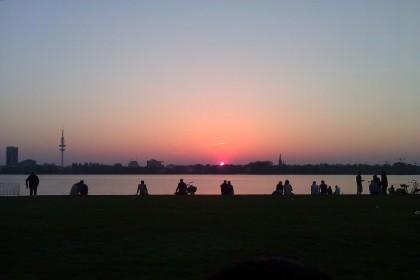 Sonnenuntergang an der Alster.
