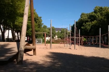 Kitaplatz in Köln - naher Spielplatz
